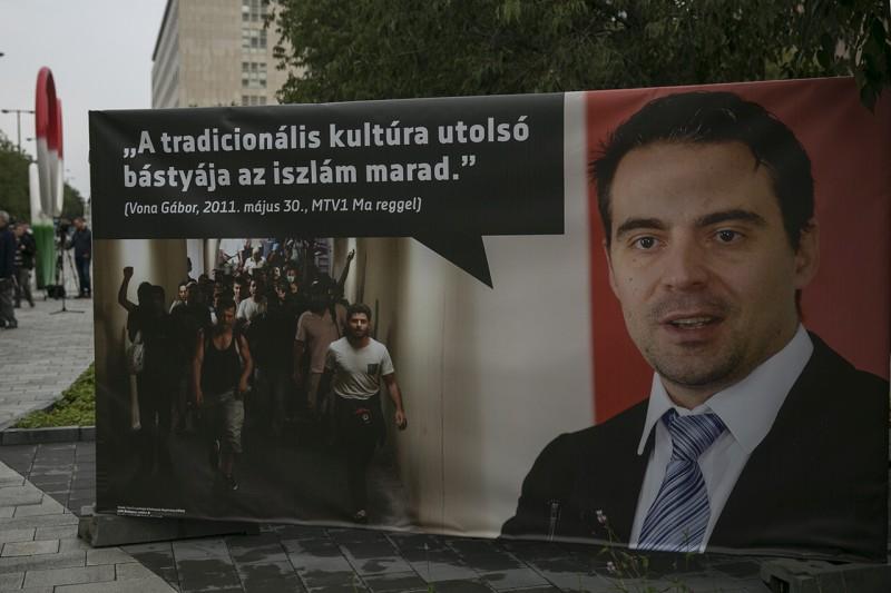 cof_coka_plakat_kiallitas_7
