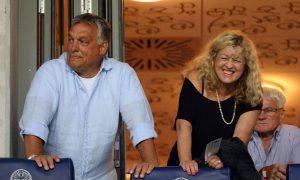 Orbán Viktor és Schmidt Mária